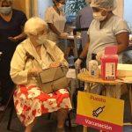 Comenzó la vacunación a mayores de 80
